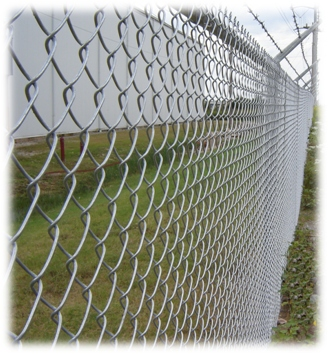Commercial 9 gauge chain link fence